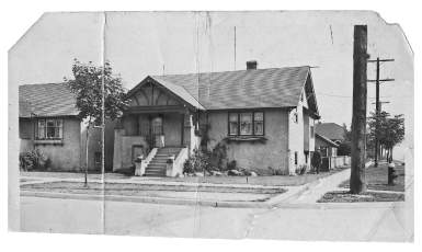 Lives of the House  385x230