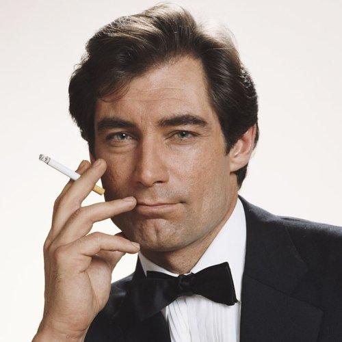Bond 3.jpg