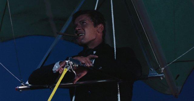 Bond 4.jpg