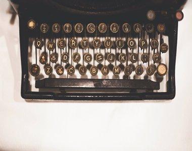 108-vintage-typewriter-380x300